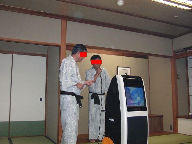 エイトコーポレーション社長のブログ-カラオケ1